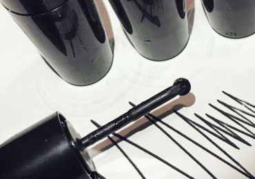 """MAC Releases Its New """"Rollerwheel Eyeliner"""" Product!"""