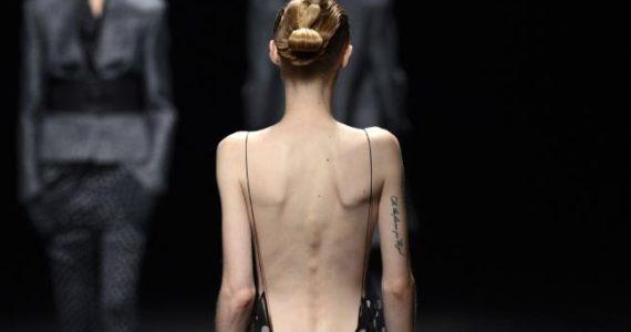 Size zero fashion beauty models banned Kering, LVMH